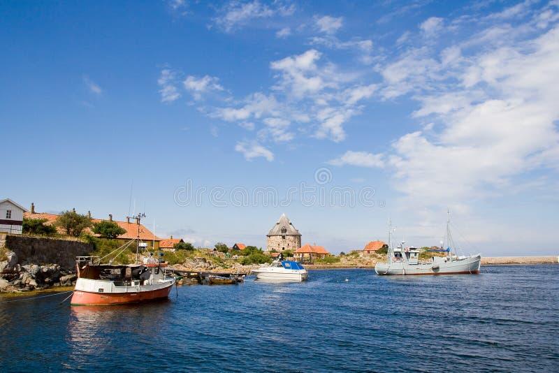 海湾小船christianso丹麦海岛船 免版税库存照片