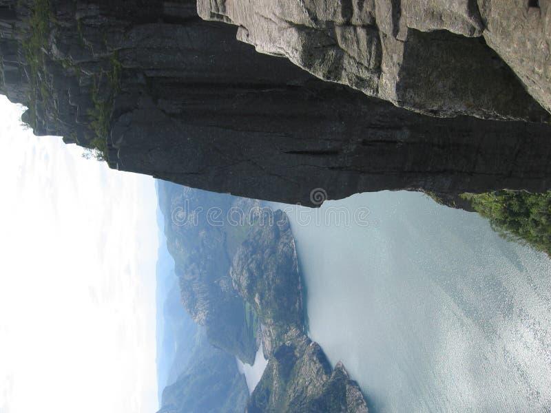 海湾挪威preikestolen 库存图片