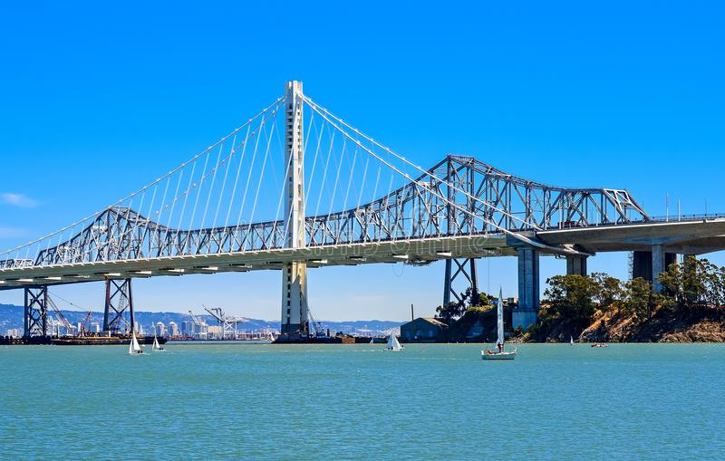 海湾桥梁-新的东部间距 库存图片