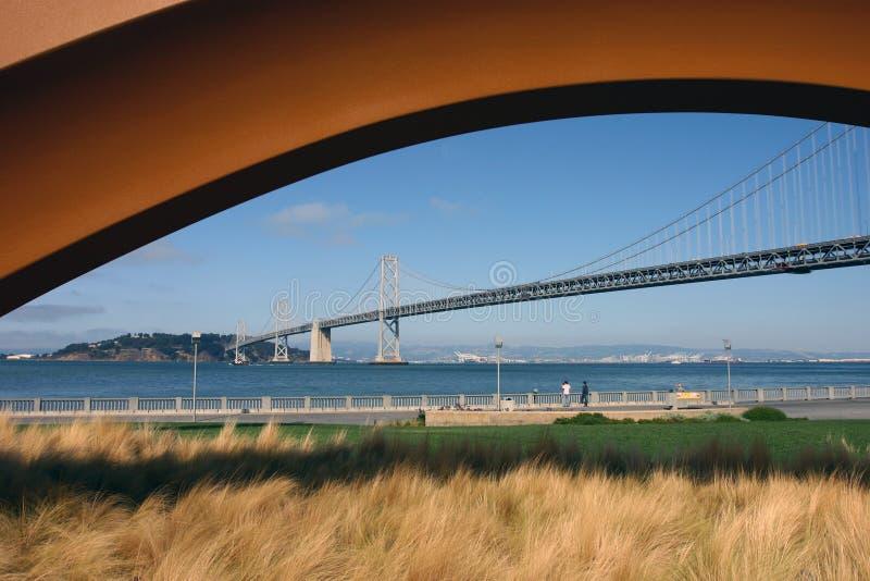 海湾桥梁 库存照片
