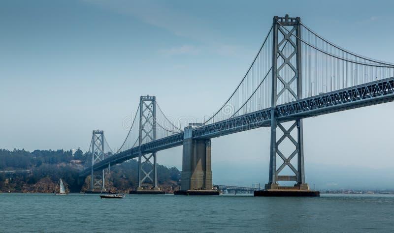 海湾桥梁 免版税库存图片