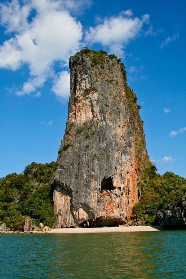 海湾海岛limstone nga phang泰国 库存照片