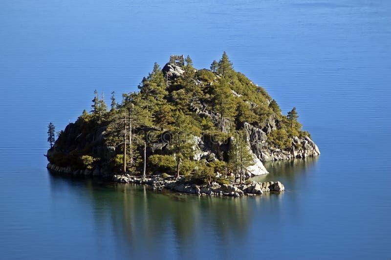 海湾鲜绿色fannette海岛Tahoe湖 免版税库存照片