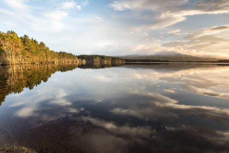 海湾Garten和晚上在苏格兰的高地覆盖 免版税库存照片