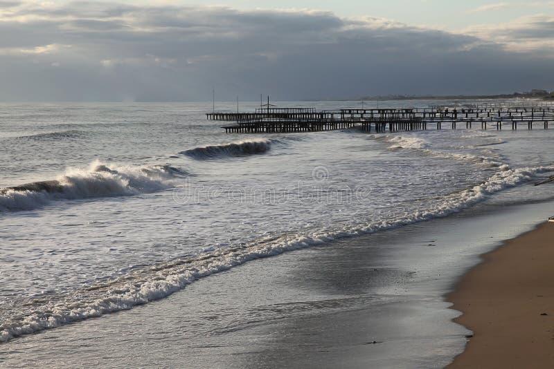 海滩偏僻的视图 图库摄影