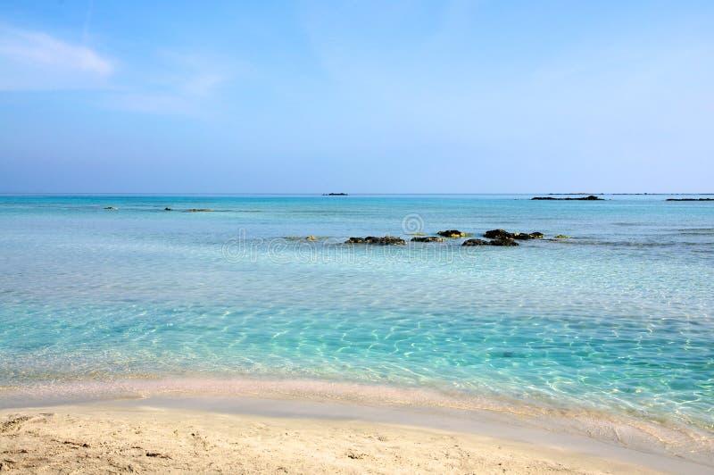 海滩克利特elafonisi 免版税库存图片