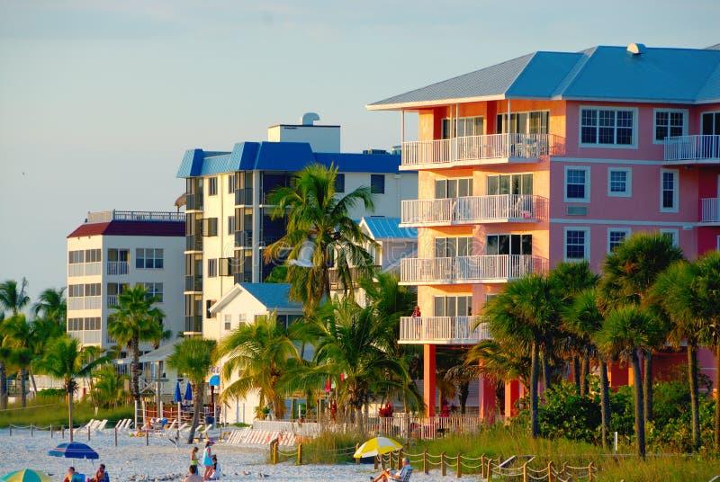 海滩公寓房 免版税库存照片