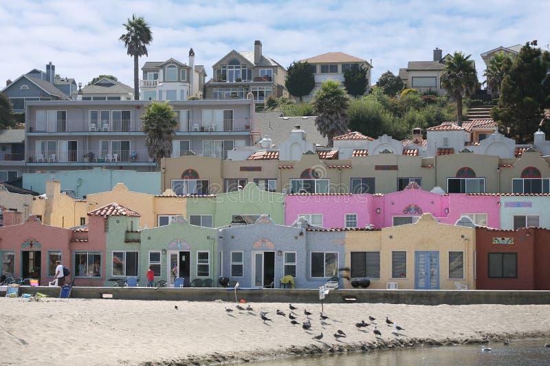 海滩前的五颜六色的属性 库存照片