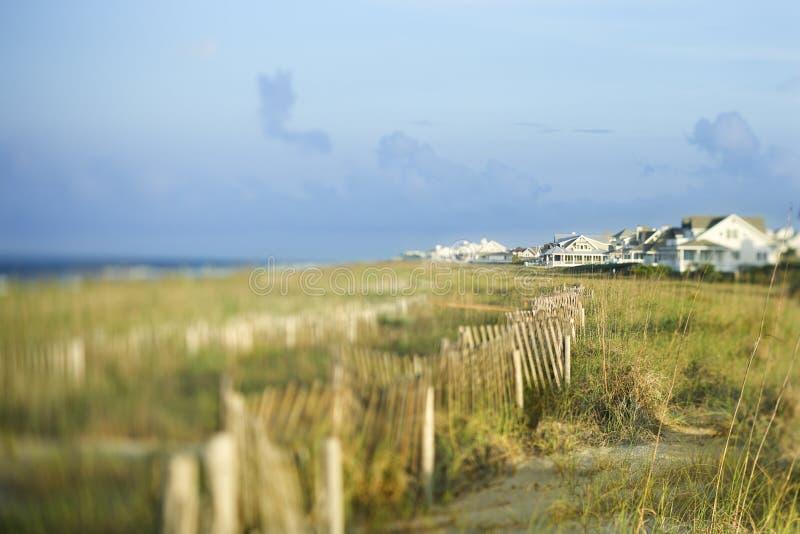 海滩前的房子 库存图片