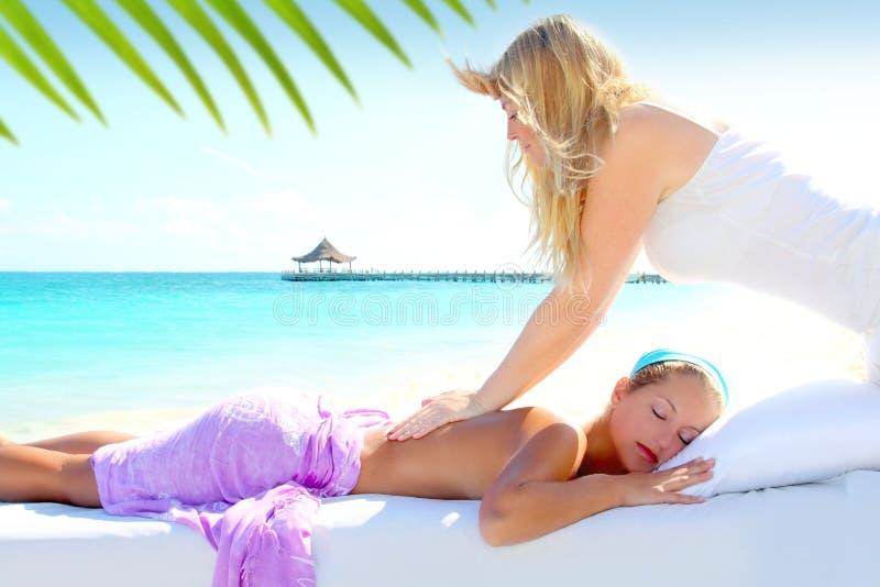 海滩加勒比按摩绿松石妇女 图库摄影