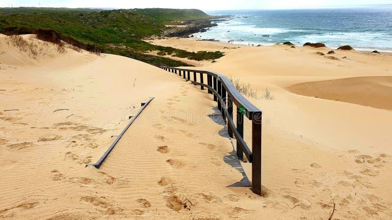 海滩和大海 免版税图库摄影