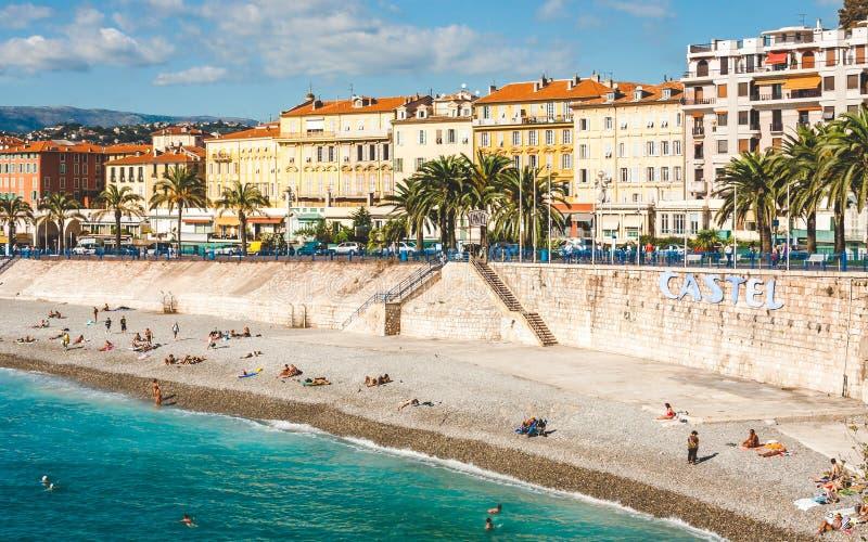 海滩和散步des Anglais在尼斯 库存图片