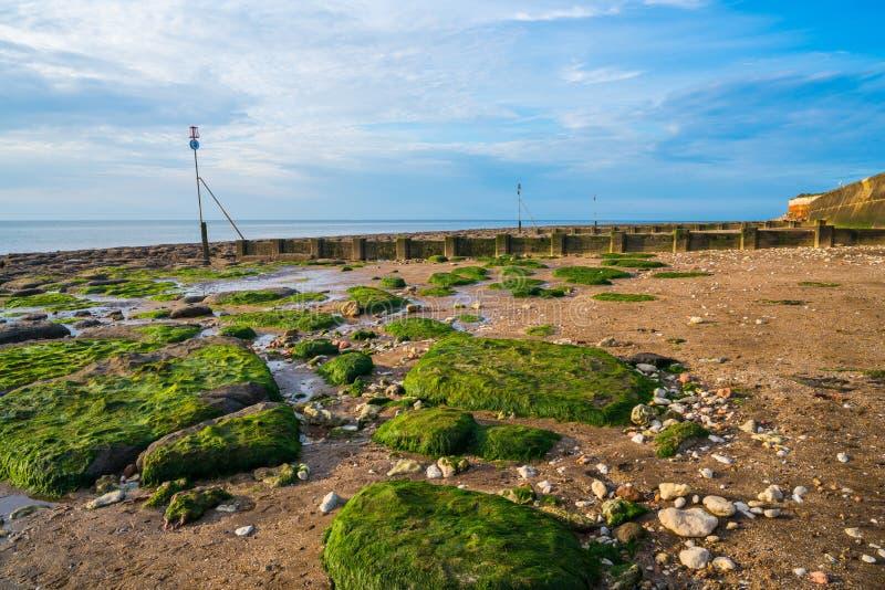 海滩在Hunstanton,诺福克,英国 免版税库存照片