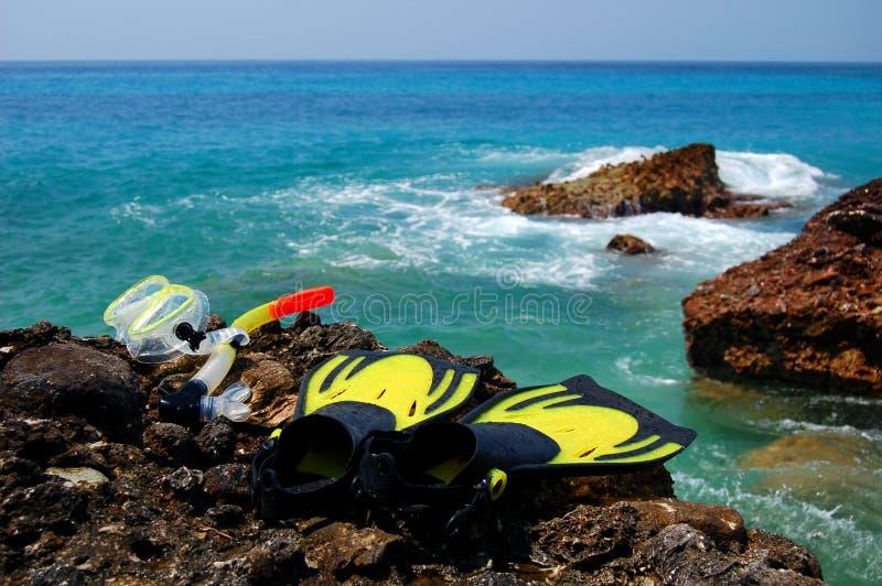 海滩岩石集合潜航 图库摄影