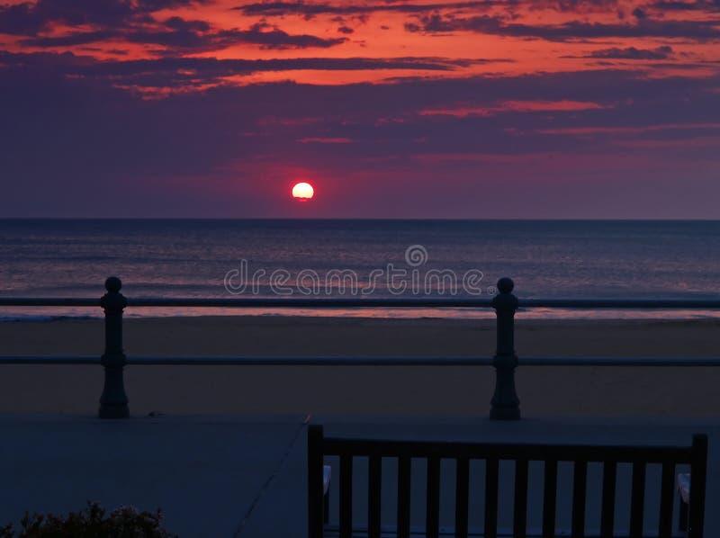 海滩日出弗吉尼亚 免版税库存图片