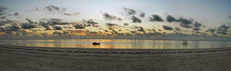 海滩桑给巴尔 免版税库存照片