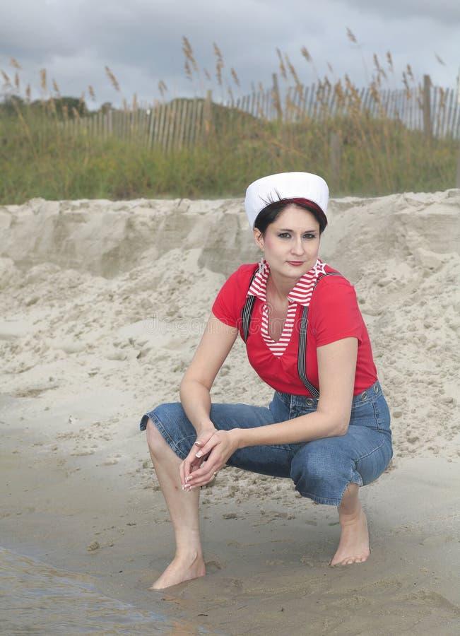 海滩水手妇女 免版税图库摄影