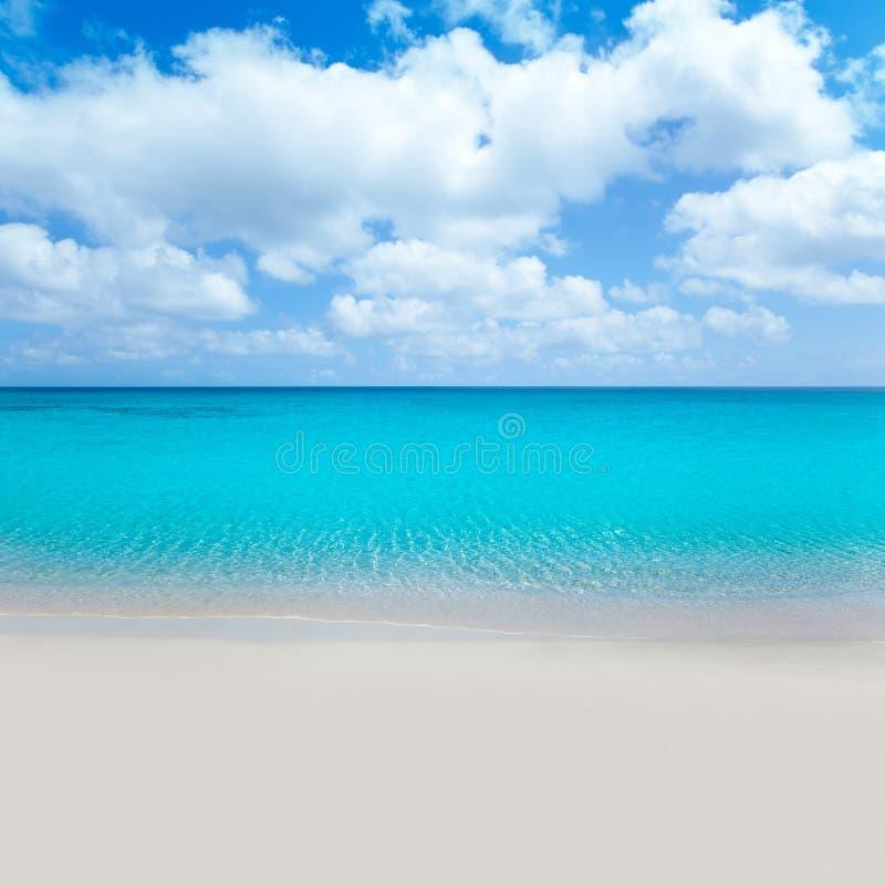 海滩沙子热带绿松石wate白色 免版税库存照片
