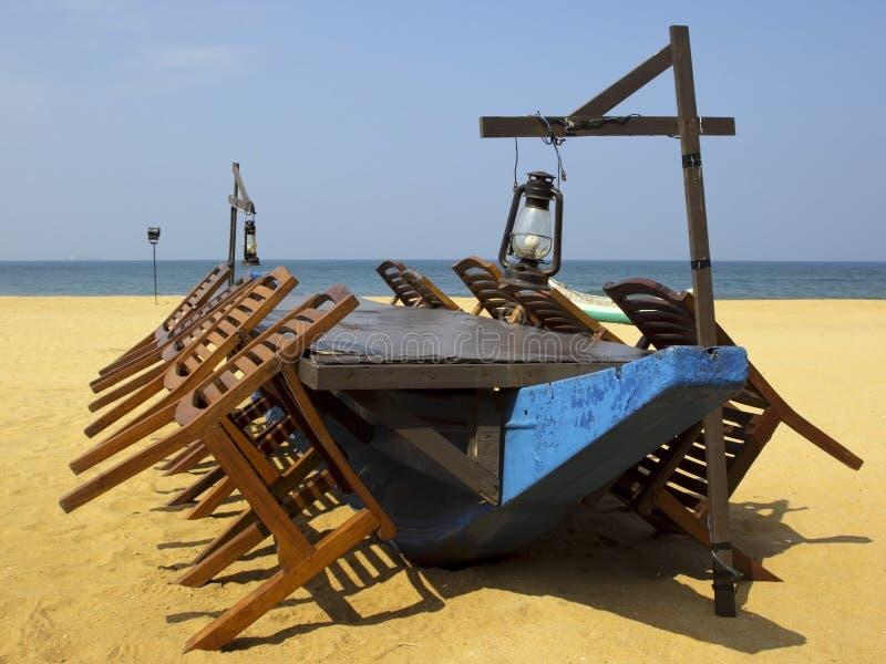 海滩用餐 免版税库存照片