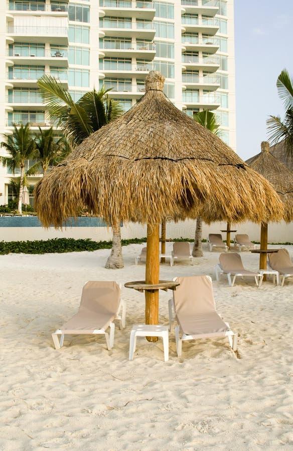 海滩睡椅墨西哥手段 免版税库存照片