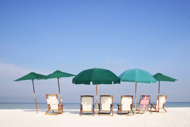 海滩组伞 库存照片