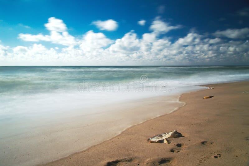 海滩美丽风景 免版税库存照片