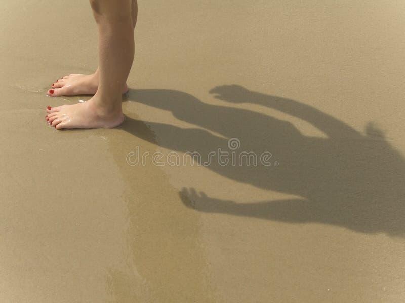 Download 海滩英尺 库存照片. 图片 包括有 夏天, 沙子, 抽象, 英尺, 立场, 火箭筒, 波兰, 孩子, 女孩, 海洋 - 188632