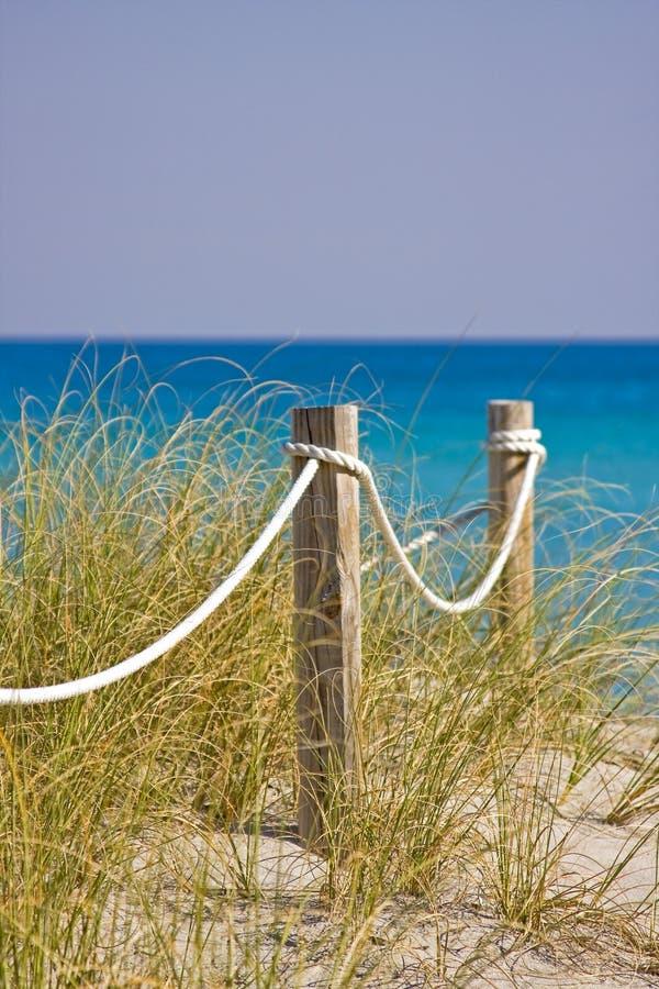海滩路 免版税图库摄影