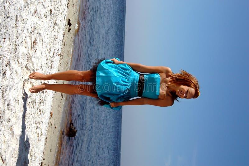 海滩跳青少年 库存图片