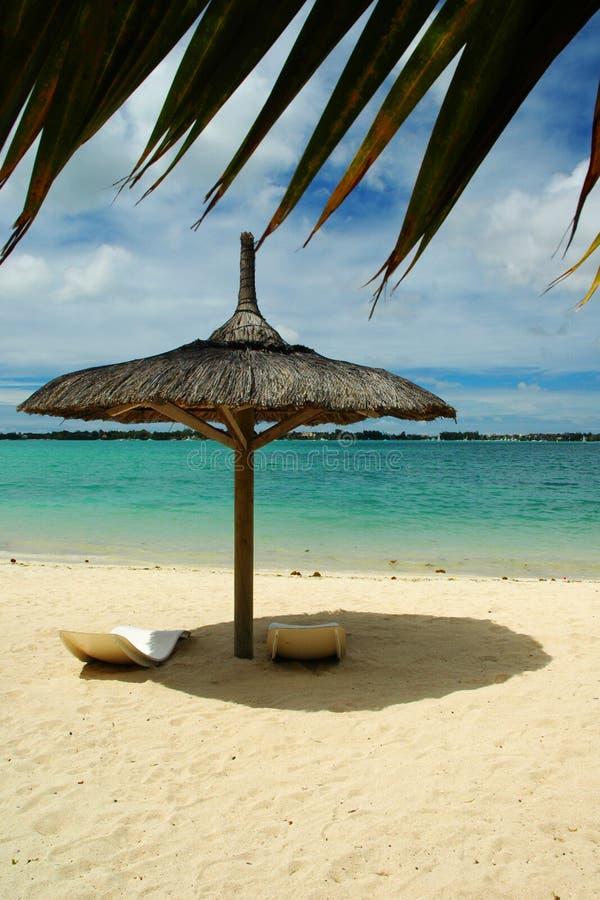 海滩遮光罩 免版税库存照片