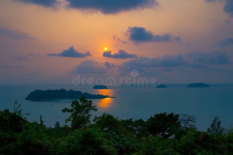 海滩,日落,太阳,马尔韦利亚,海 免版税图库摄影