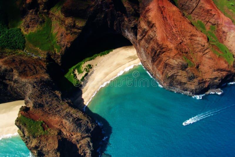 Download 海滩 库存图片. 图片 包括有 夏威夷, 海运, 海岸, 天空, 通知, 沙子, 火箭筒, 海洋, 考艾岛, 蓝色 - 184823