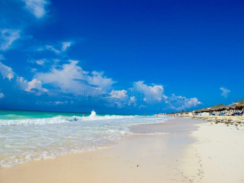 海滩blanca缓慢地cayo古巴playa 库存图片