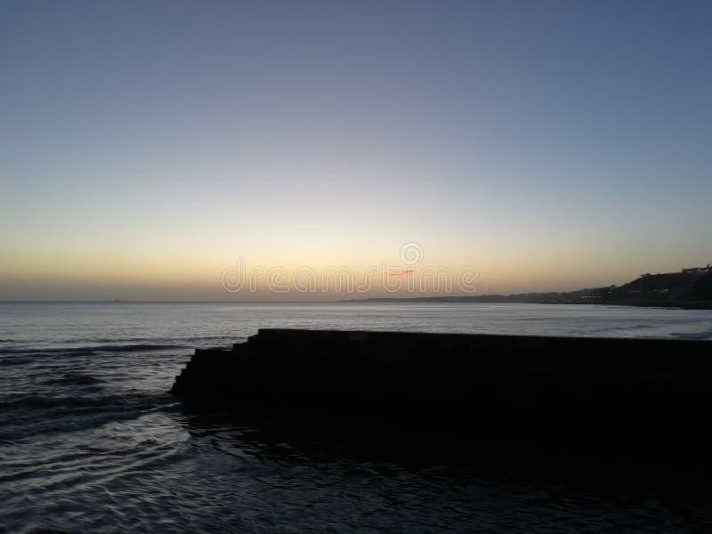 海滩Dafundo葡萄牙 免版税库存图片