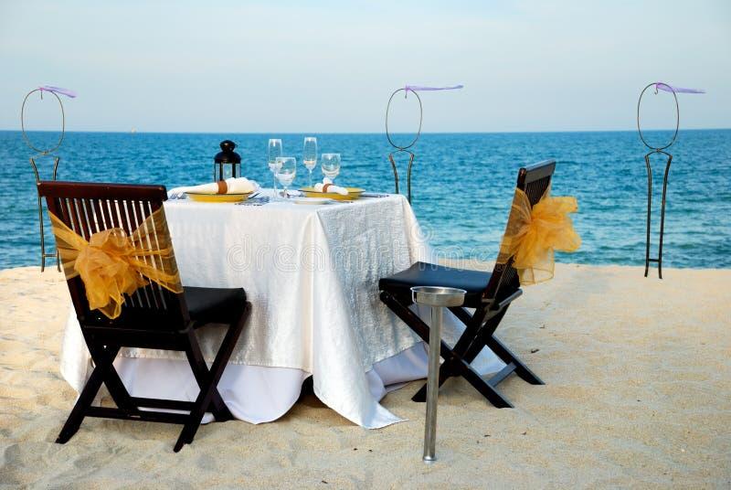 海滩dinning的站点 免版税库存照片