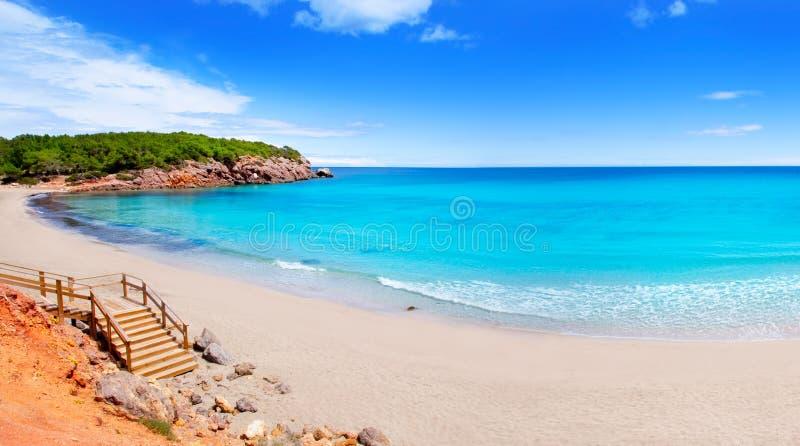 海滩ibiza海岛绿松石水 库存照片