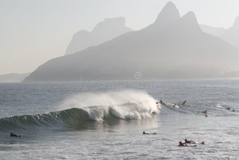 海滩ipanema冲浪者 库存图片