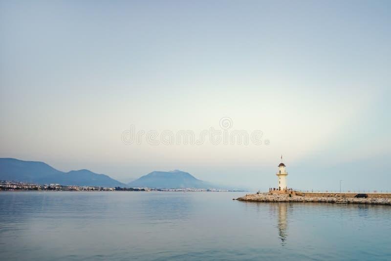 海灯塔 灯塔在阿拉尼亚,安塔利亚区,土耳其 r 库存图片