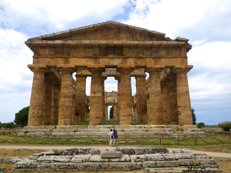 海王星寺庙在Paestum的,致力Hera 图库摄影