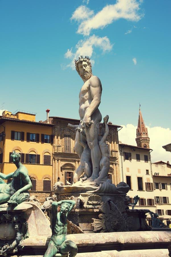 海王星著名喷泉在广场della Signoria的在佛罗伦萨,意大利 免版税库存图片