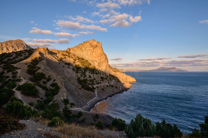 黑海的惊人的风景和山在克里米亚 库存图片