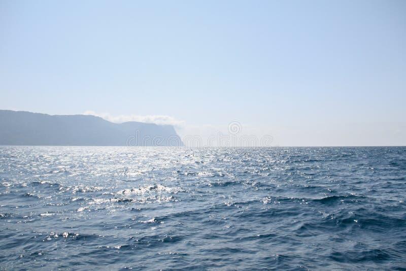 黑海的晴朗的看法 克里米亚 免版税库存照片