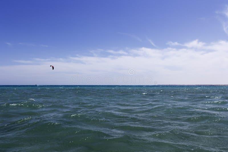 海视图和风筝 免版税库存照片