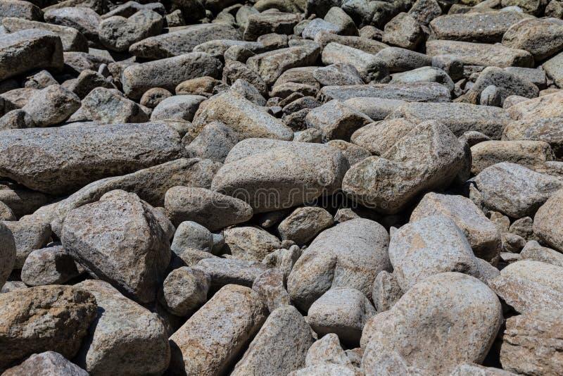 海角Stolbchaty 在Kunashi海岛的西海岸的海角  库存照片