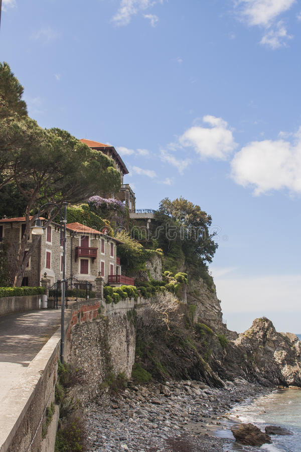 海边房子在意大利 库存照片