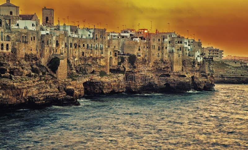 海边镇在南意大利 库存照片
