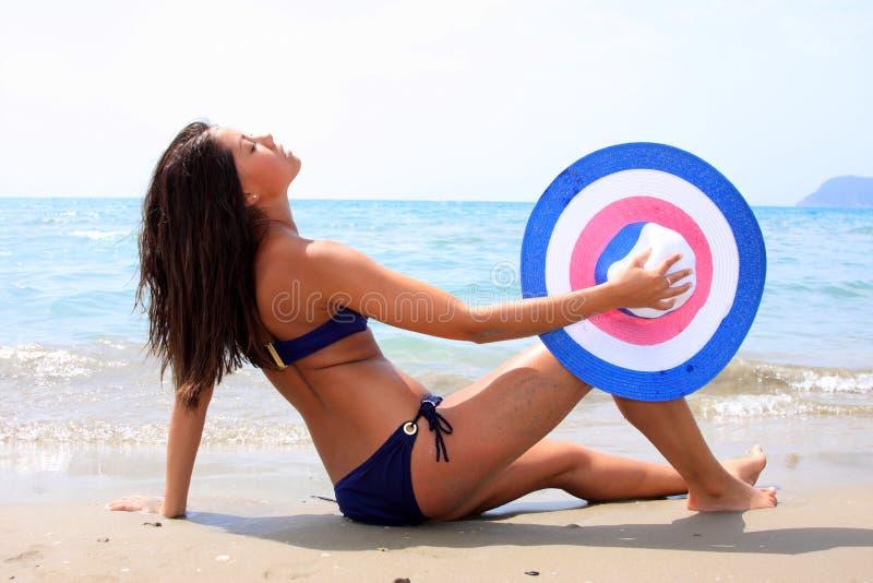 海运妇女年轻人 免版税库存照片