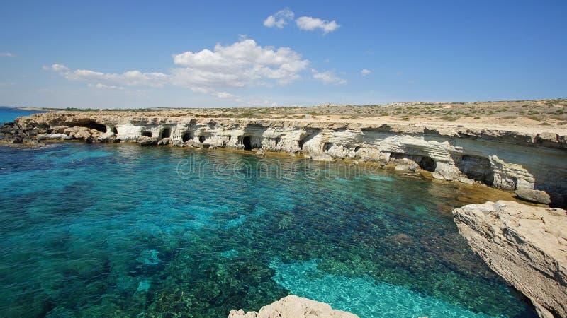 海运洞,海角Greko, Agia Napa,塞浦路斯 免版税库存图片