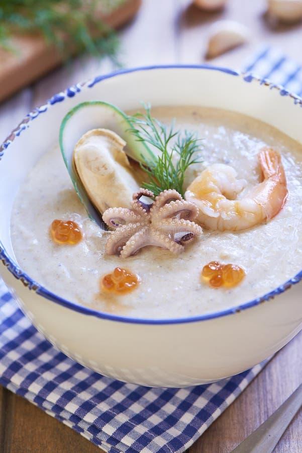 海鲜乳脂状的汤 免版税图库摄影