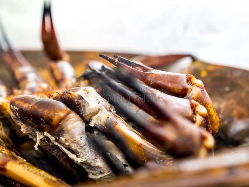 海鲜辣海皮条客蛋沙拉的煮熟的皮条客 免版税库存图片